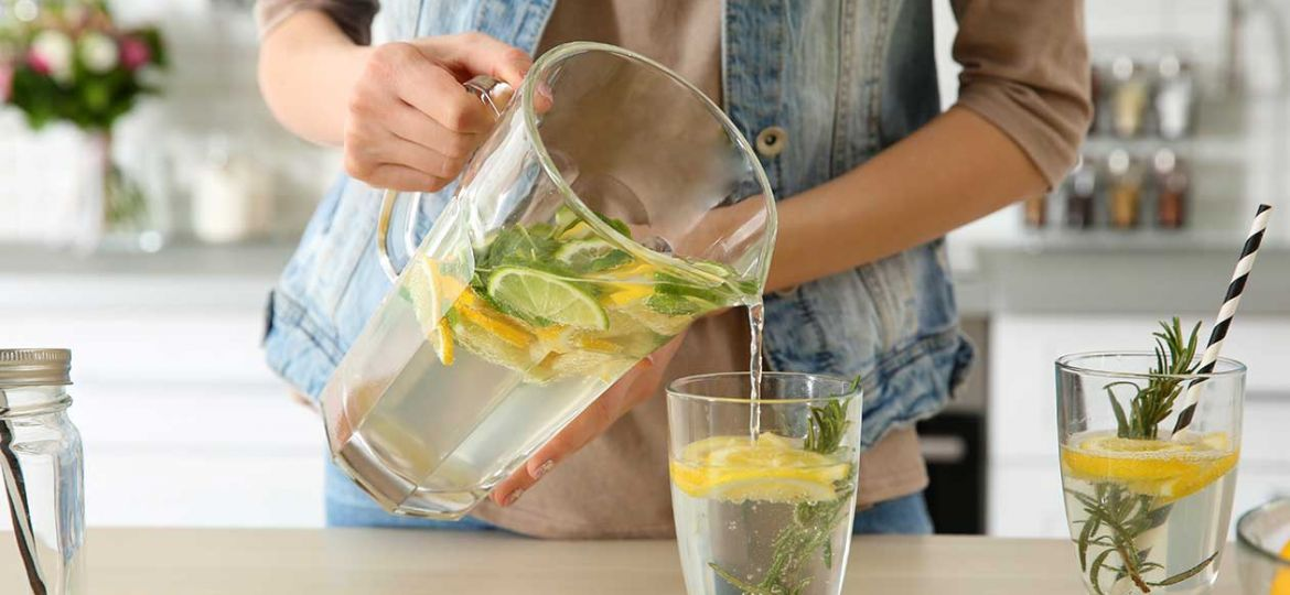drinking-infused-water